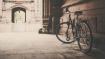 রাস্তায় ভিড় এড়াতে ও করোনার ছোঁয়া থেকে বাঁচতে সাইকেল বিকল্প পদ্ধতি হতে পারে