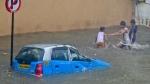 মুম্বইয়ের ধারাভীতে ম্যানহোলে পড়ে ৭ বছরের বালকের মৃত্যু