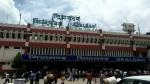 শিয়ালদহ থেকে হাসনাবাদ-বনগাঁ লাইনে বন্ধ ট্রেন চলাচল, চূড়ান্ত ভোগান্তি যাত্রীদের