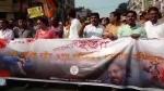 যাদবপুরে বাবুল নিগ্রহকাণ্ডে উত্তাল রাজ্য রাজনীতি! বাম-বিজেপির থানায অভিযোগ থেকে জোড়া মিছিল