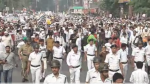 এনআরসি আতঙ্ক বাংলাজুড়ে, নাগরিক সংশোধনী বিলের বিরোধিতায় জ্বলছে কলকাতাও