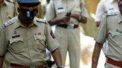 'লাভ জিহাদ' জের, মধ্যপ্রদেশে যুগলকে হেনস্থা হিন্দু নজরদারি বাহিনীর, বাড়ি পাঠানো হল তরুণীকে