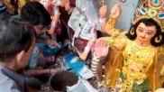 বৃষ্টির কোপে বিশ্বকর্মার মূর্তির দামে কোপ, ক্ষতির মুখে রাজ্যের প্রতিমা শিল্পীরা