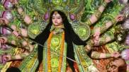 দেবী দুর্গার ললাট থেকে শুম্ভ-নিশুম্ভ বধকারী চামুণ্ডার আবির্ভাবের সন্ধিতে মহাযোগ