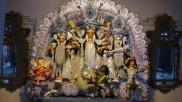 মহামারীর ভয়াবহতায় নিউ নর্মালে শোভাবাজার রাজবাড়ির পুজোয় বদলাতে হচ্ছে নিয়ম