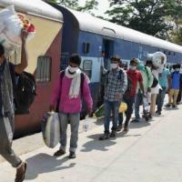 পরিযায়ী সঙ্কট থেকে করোনা মোকাবিলা! স্বাধীনতা দিবসের প্রাক্কালে দেশের আসল ত্রাতা ভারতীয় রেল
