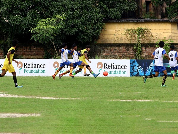Reliance Youth Football Tournament Kicks Off Kolkata