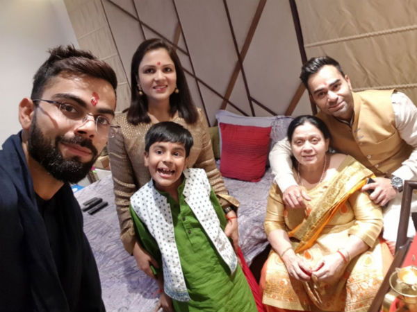 Players Celebrates Diwali With Their Friends Family