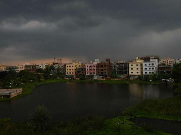 ভাইফোঁটাতেও রেহাই নেই, আগামী ২৪ ঘণ্টায় বাংলার আকাশে দুর্যোগের ঘনঘটা