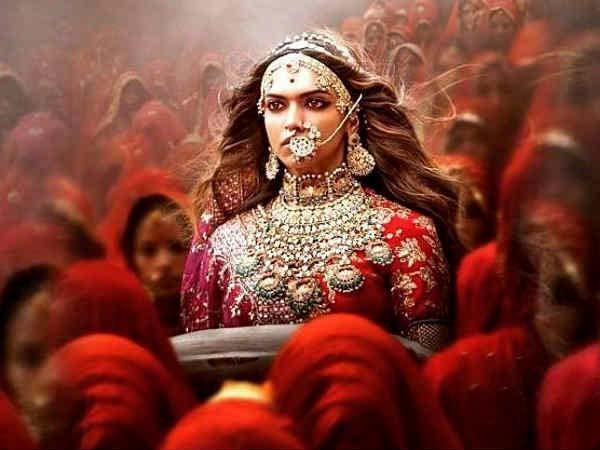 শেষমেশ 'পদ্মাবত' দেখতে রাজি হল রাজপুত কার্নি সেনা, তবে গল্পে রয়েছে খানিক মোচড়