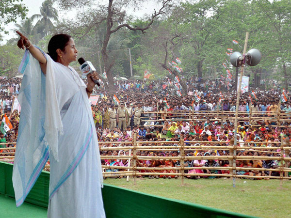 Mamata Banerjee Announces That Rupashree Project Will Run From April