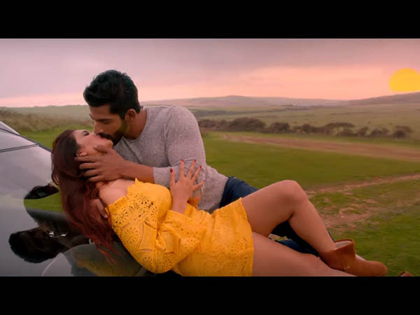 Hate Story 4 Movie Review Bengali