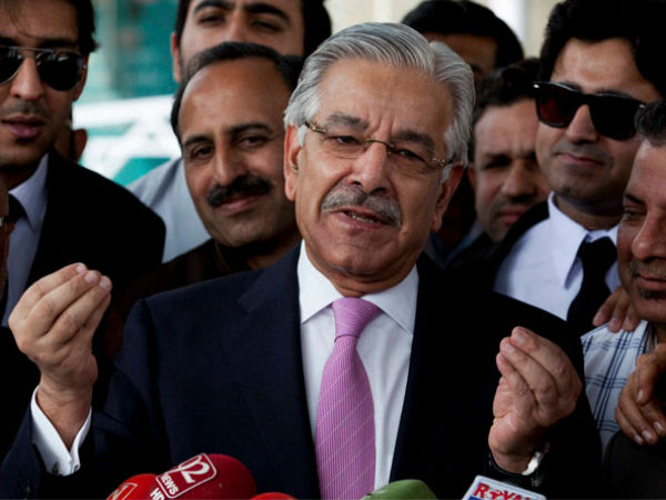 Pakistani Foreign Minister Asif Disqualified Court Secretly Holding Uae Work Permit
