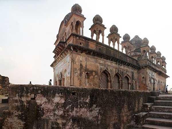 Visit Uttar Pradesh S Kalinjar Fort Mesmerising Citadel India