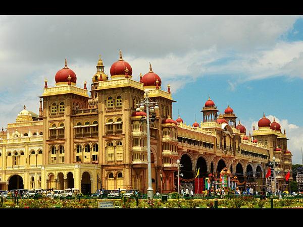 Curse Haunts Wodeyar Royals Mysore 400 Years