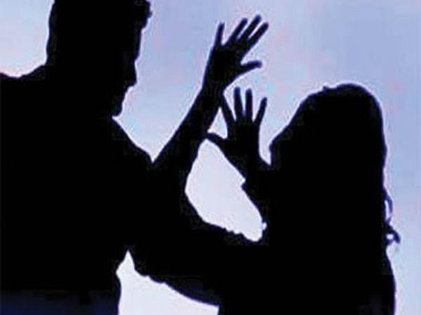 শিশুকে 'যৌন' নিগ্রহ! মমতার রাজ্যে পুলিশের বিরুদ্ধে কাজ না করার অভিযোগ