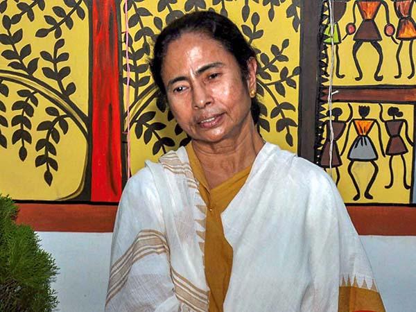 Bengal Polls: ভোট ঘোষণার ঠিক আগে বেতন বৃদ্ধির ঘোষণা