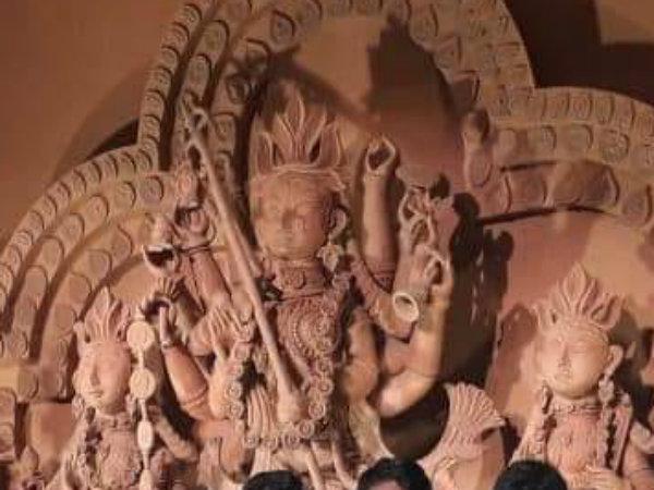 বাবুবাগানের থিম 'বাংলার মাটিতে সুরের মূর্ছনা'