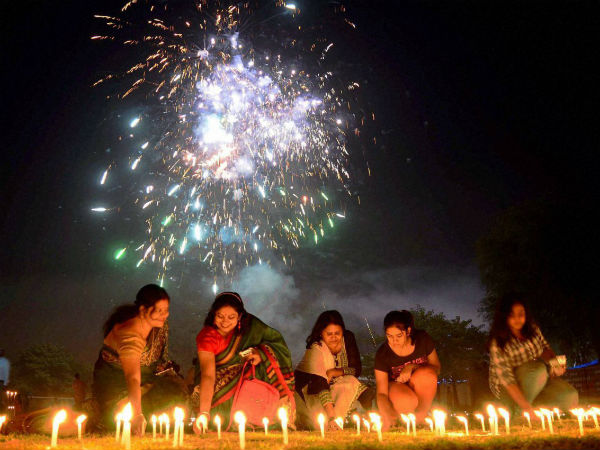Know Why People Lights 13 Lamps On Dhanteras
