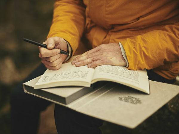 সমকাম নিয়ে উপন্যাস লেখায় মহিলা লেখকের ১০ বছরের জেল