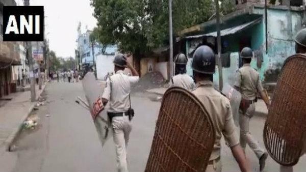 ভাটপাড়ায় আসছে বিজেপির কেন্দ্রীয় প্রতিনিধিদল! নবান্নে জরুরি বৈঠক মমতার
