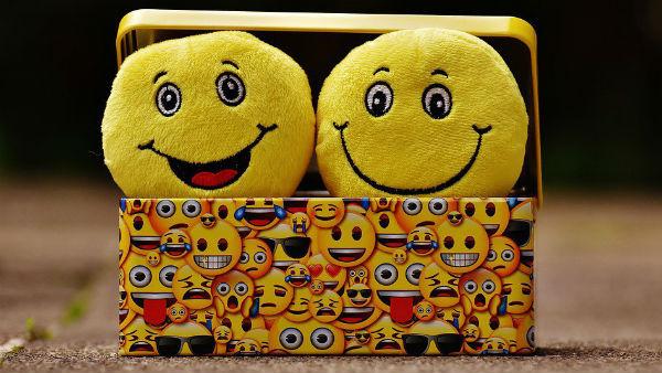 জানেন কবে তৈরি হয়েছিল প্রথম ইমোজি? বিশ্ব ইমোজি দিবসে জেনে নিন কিছু অজানা তথ্য