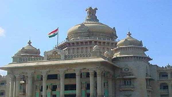 Live Updates: আজ কর্নাটক বিধানসভায় আস্থা ভোট: কুমারস্বামী জোট সরকারের ভাগ্য নির্ধারণ