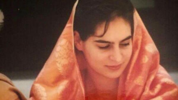 #SareeTwitter  বিয়ের সময়ের শাড়ি পরা ছবি! প্রিয়ঙ্কার মতোই প্রভাবশালীরা শেয়ার করলেন নানা মুডের ছবি
