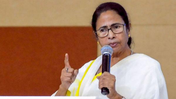 বেতন বাড়ছে কলেজ-শিক্ষকদের, 'কল্পতরু' মমতা একে একে শোনালেন আরও সুখবর