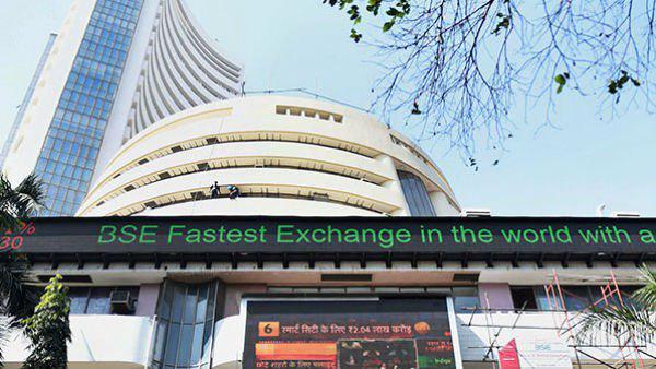 The Sensex Slumped 800 Points On Tuesday