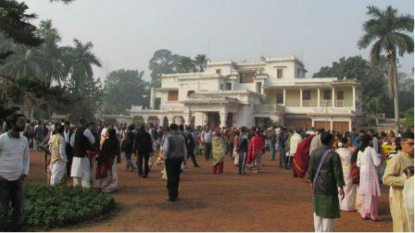 বিখ্যাত চিত্রশিল্পী নন্দলাল বসুর চিনা ছাত্রর ছবির প্রদর্শন পেকিং বিশ্ববিদ্যালয়ে