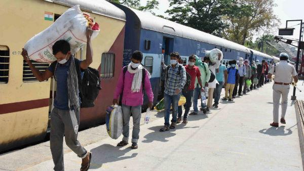 অধিকাংশ শ্রমিক ট্রেন গুজরাত–মহারাষ্ট্র থেকে ছেড়ে উত্তরপ্রদেশ ও বিহারে যাচ্ছে