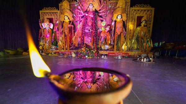 করোনা মাথায় রেখেই দুর্গাপুজোর গাইডলাইন প্রকাশ করল রাজ্য সরকার