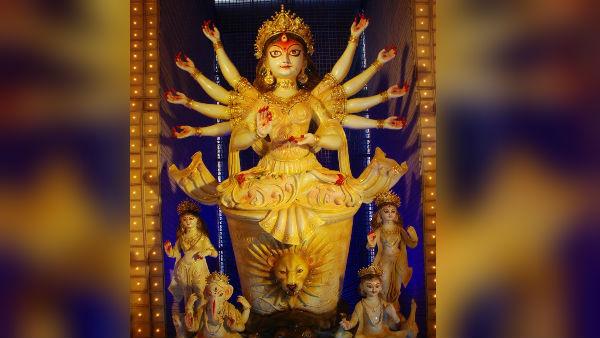 ভবানীপুর ৭৫ পল্লীর পুজোর অন্দরমহলের ছবি একনজরে