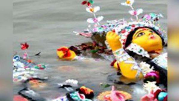 গঙ্গা দূষণ রুখতে দুর্গাপুজোর বিসর্জন ঘিরে বড় বার্তা রাজ্য়ের দূষণ নিয়ন্ত্রক বোর্ডের