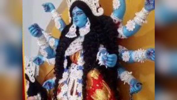 নীলবর্ণা রূপেই পূজিত হন কৃষ্ণনগরের চ্যাটার্জি পরিবারের মা দুর্গা
