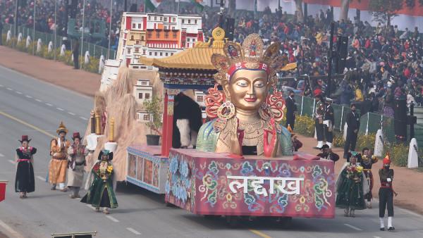 প্রজাতন্ত্র দিবসে লাদাখের 'অভিষেক', দিল্লির রাজপথে বাজল 'ওঁ মণিপদ্মে হুঁ' মন্ত্র