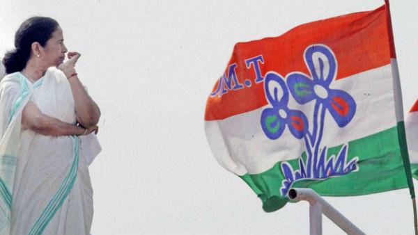বিজেপির সঙ্গে যোগসাজস! জেলা সহ-সভাপতির পদ খোয়ালেন প্রভাবশালী নেতা