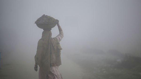 ঘন কুয়াশার সঙ্গে শৈত্যপ্রবাহের সতর্কবার্তা! উত্তর ও দক্ষিণবঙ্গের আবহাওয়ার পূর্বাভাস একনজরে
