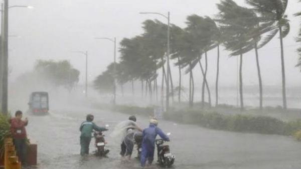 আম্ফানের মতই ভয়ঙ্কর আকার ধারণ করতে পারে Cyclone Tauktae! আশঙ্কা আবহাওয়াবিদদের