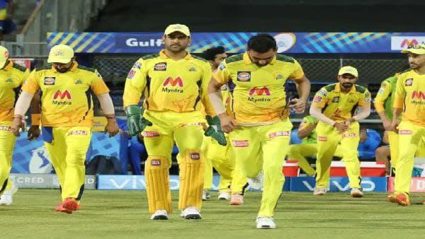 IPL 2021 : ইটের পাল্টা পাটকেল! মু্ম্বই-চেন্নাই ফ্যানদের মিম যুদ্ধে সরগরম সোশ্যাল মিডিয়া