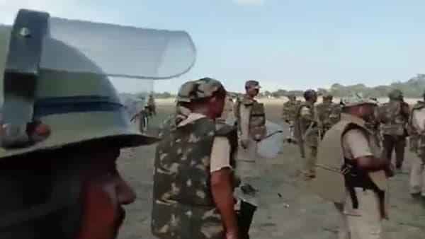 Assam: অনুপ্রেবেশকারীদের উচ্ছেদ করতে গিয়ে রণক্ষেত্র অসম, মৃত্যু দুই, আহত বহু পুলিশ কর্মী