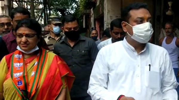 প্রিয়াঙ্কাকে দেখে 'জয় বাংলা' স্লোগান! সম্বিত পাত্রকে দেখে 'পরদেশি' গান গাইলেন তৃণমূল কর্মীরা