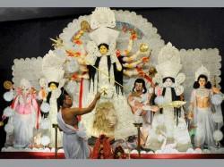 Top 5 Food Items That Bengalis Prefer During Durga Puja Days
