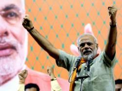 Madani Stands With Modi