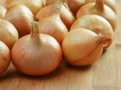 Onion Shortage Temporary Price May Fall In 2 3 Weeks Govt