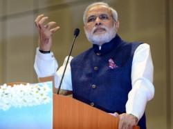Congress Bjp Spar Over Modis Security Cover