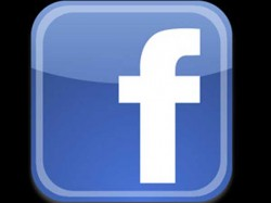 Lady Falls Into Sea While Chatting On Facebook