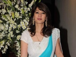 Sunanda Pushkar Wife Of Shashi Tharoor Found Dead In Delhi Hotel