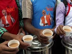 Narendra Modi Plans Poll Campaign From Tea Stalls